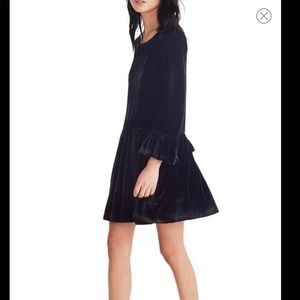 Madewell velvet bell sleeve dress